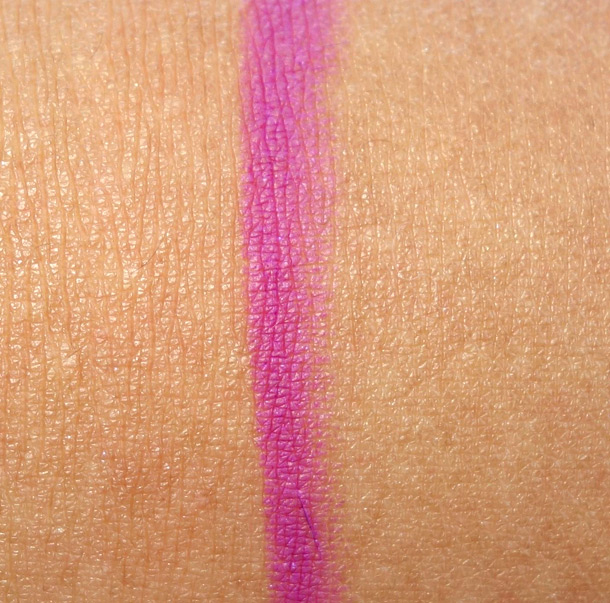MAC Fashion Boost Pro Longwear Lip Pencil Swatch