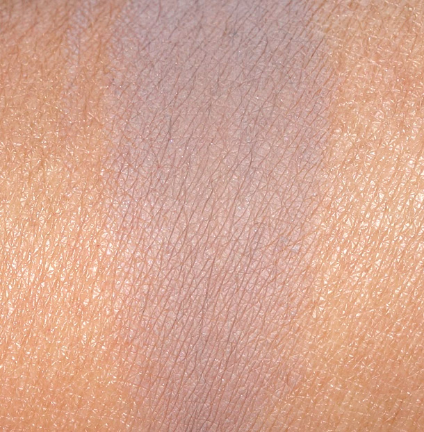 MAC Tailor Grey Paint Pot Swatch