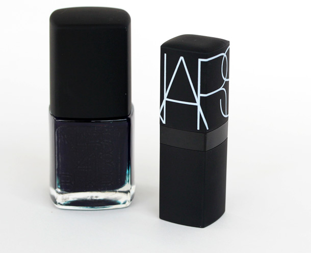 NARS 413 BLKR Nail Polish Lipstick