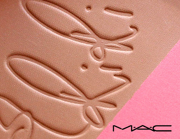 MAC Hibiscus Kiss
