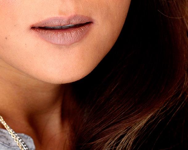 RiRi Hearts MAC Nude Lipstick