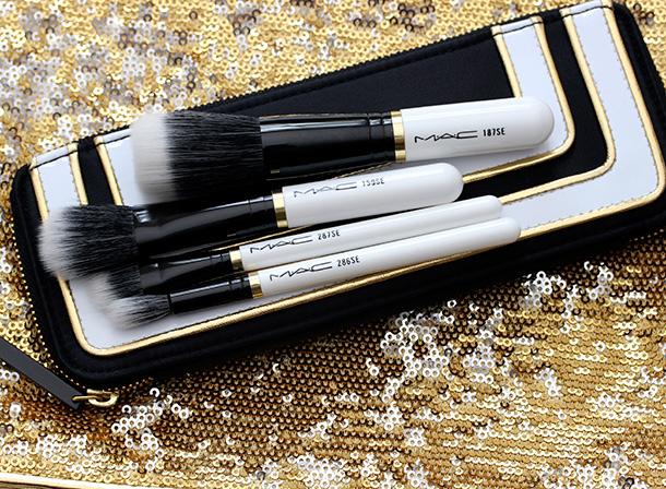 MAC Stroke of Midnight Brush Kit in Mineralize
