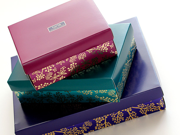 Tarte Bow and Go boxes