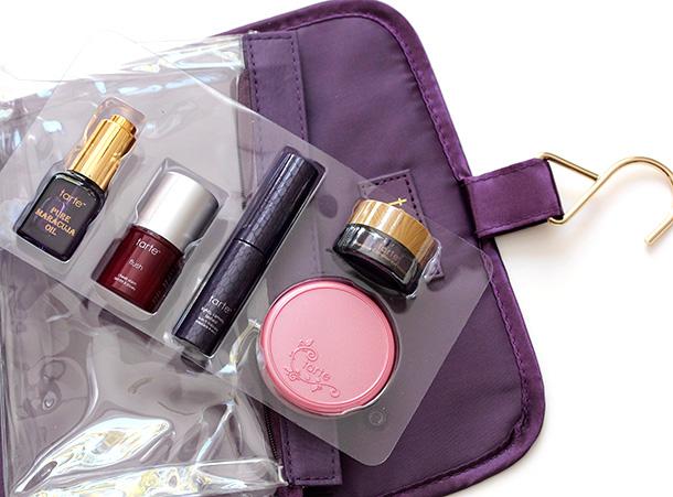 Tarte The Tarte of Giving Collectors Set Travel Bag Eye Palette