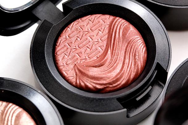 MAC Amorous Alloy Extra Dimension Eye Shadow, a deep terracotta copper with a Metallic finish