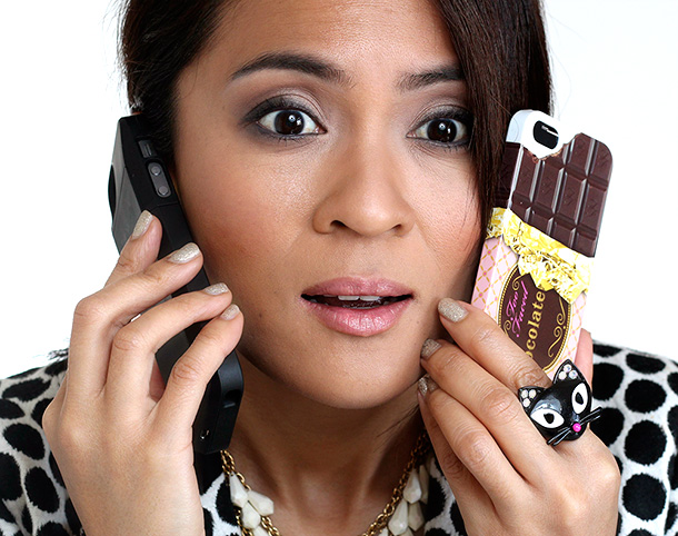 Too Faced Candy Bar Pop-Out Makeup Palette and iPhone Case