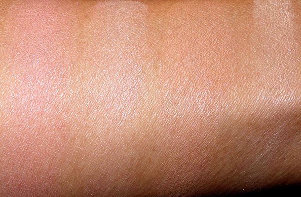 DHC Face Color Palettes Swatches: Pearly Pink (two swatches on the left) and Sunny Bronze (swatches on the right)