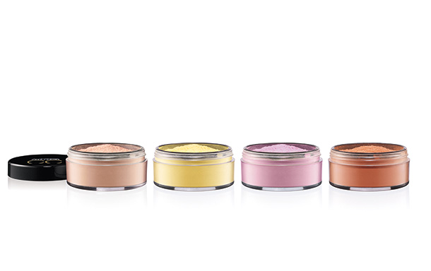 MAC Prep + Prime CC Colour Correcting Loose Powders from the left: Adjust, Neutralize, Illuminate and Recharge