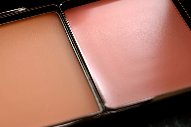 Hourglass Illume Creme to Powder Duo in Sunset