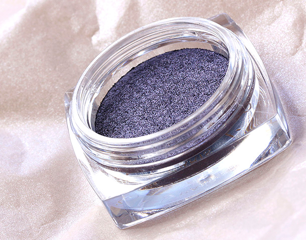 L'Oreal Purple Priority Infallible 24HR Eye Shadow