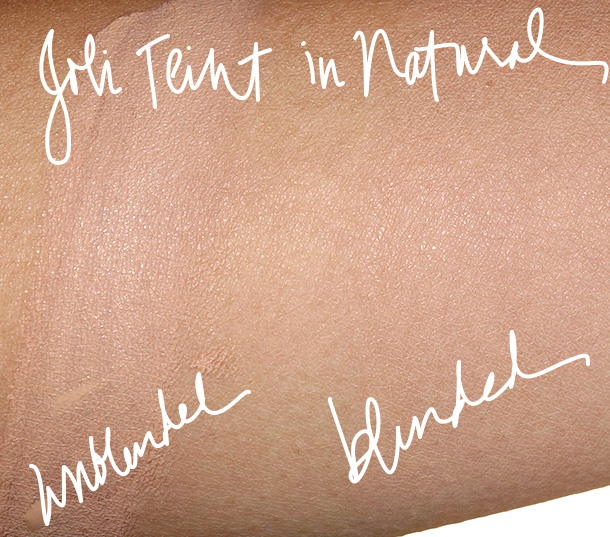 Guerlain Terracotta Joli Teint swatches in Natural