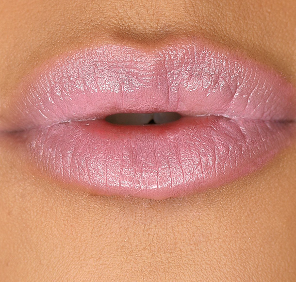 MAC Patentpolish Lip Pencil in Patentpink, a washed-out lilac