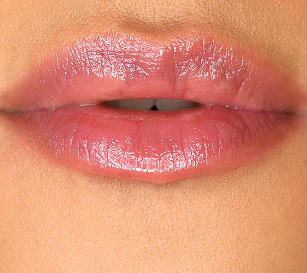 MAC Patentpolish Lip Pencil in Spontaneous, a soft plum with pearl