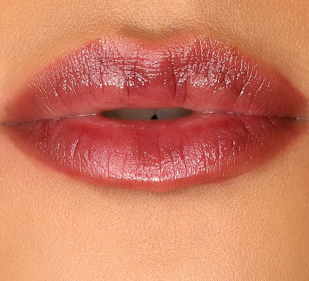 MAC Patentpolish Lip Pencil in Sultana, a dark grape