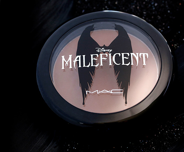 MAC Maleficent Collection - Sculpting Powder in Sculpt