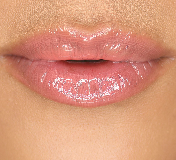 Tarte LipSurgence Lip Gloss in Blissful Lip Swatch