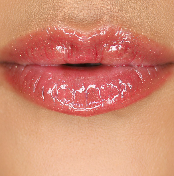 Tarte LipSurgence Lip Gloss Natural Beauty Lip Swatch
