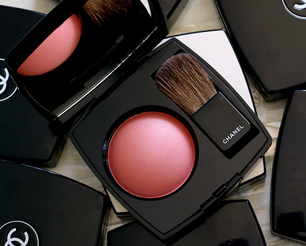 Chanel Joues Contraste Powder Blush in Malice