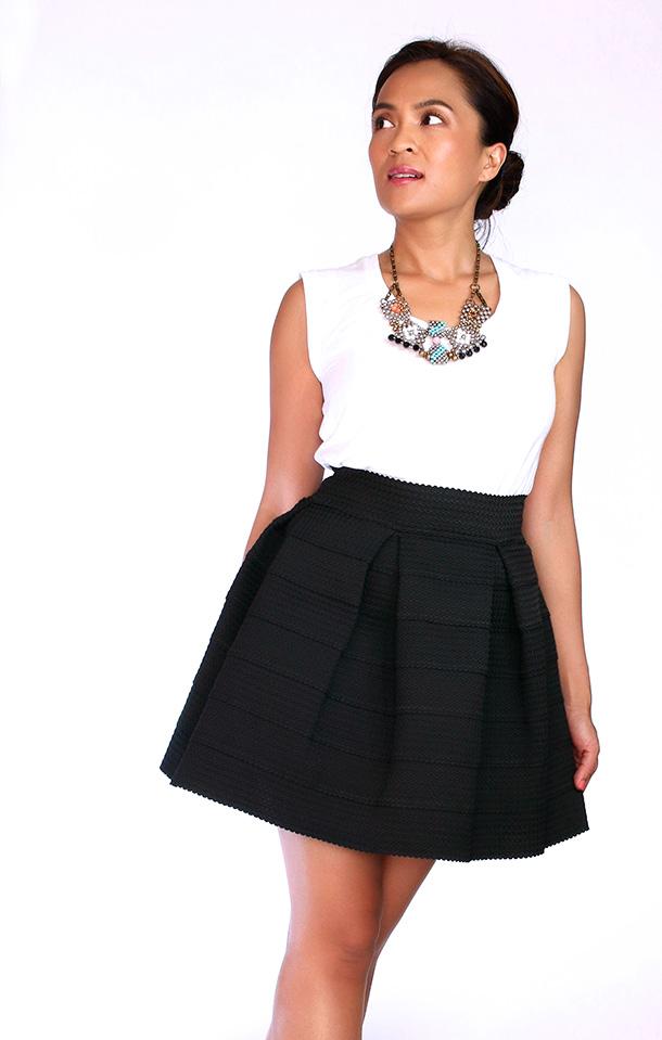 Devlin Pleated Skirt Black