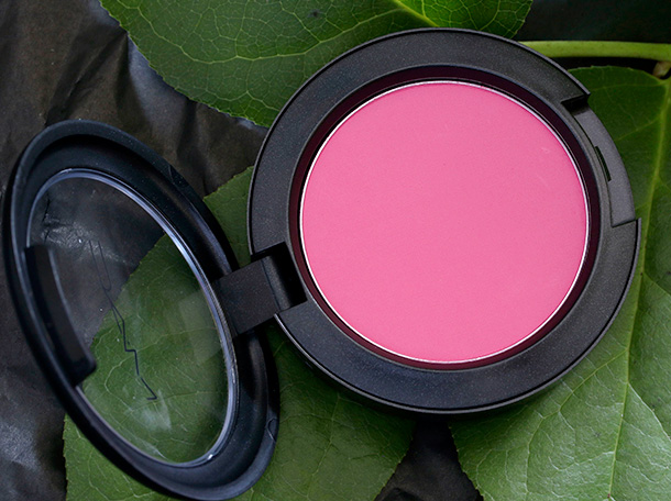 MAC Powder Blush in Bred for Beauty
