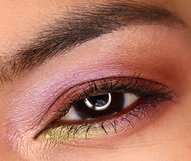 MAC Moody Blooms Eye Shadows in Artistic License (inner corner near the tearduct and on brow bone), Deep Fixation (lid and outer crease), Blooming Mad (inner crease), Hidden Motive (outer part of lower lash line) and Lucky Green (inner part of the lower lash line)