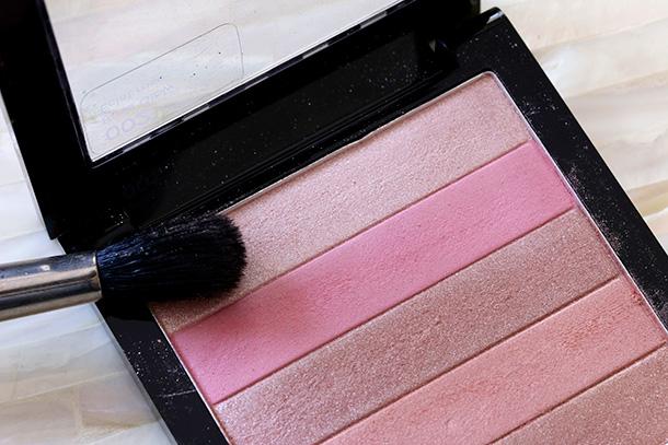 Revlon Rose Glow 02 Highlighting Palette (8)