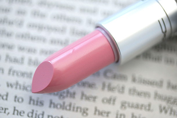 MAC Cremesheen Lipstick in A Novel Romance
