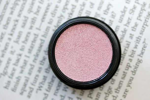 MAC Electric Cool Eye Shadow in Love Power