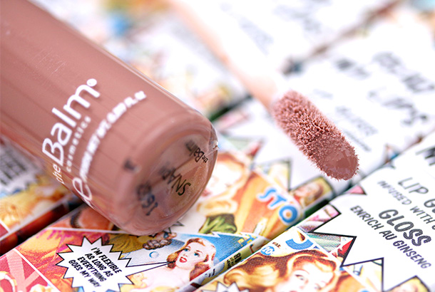 theBalm Read My Lips Lipgloss in Snap (4)