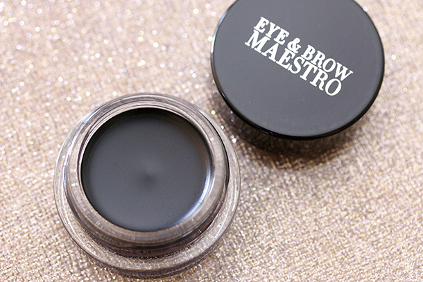 Giorgio Armani Beauty Eye & Brow Maestro in 1 Jet Black