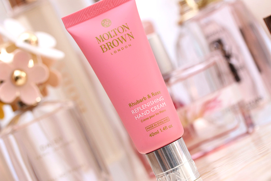 Molton Brown London Rhubarb & Rose Replenishing Hand Cream