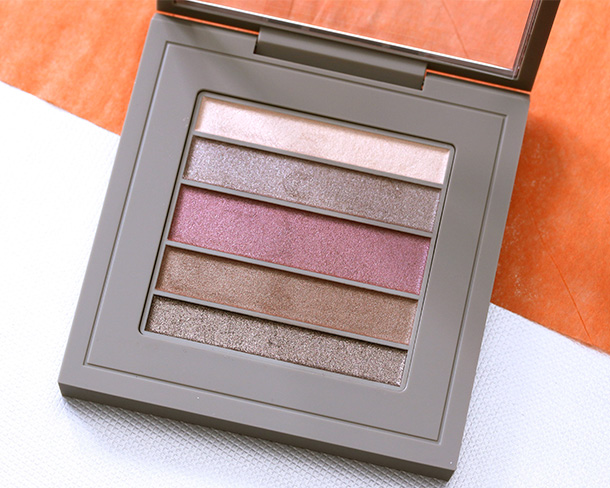 MAC Brooke Shields Veluxe Pearlfusion Shadow in Trusted Instinct