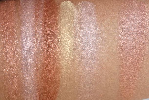 Revlon Peach Glow Highlighting Palette