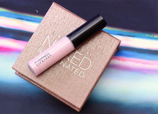 Urban Decay Aura Naked Illuminated Shimmering Powder for