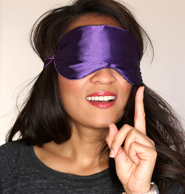 Another way to cover dark circles...