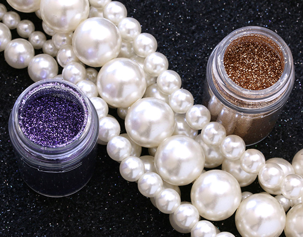 MAC Heirloom Mix Glitters in Reflects Antique Gold (left) and Amethyst (right)