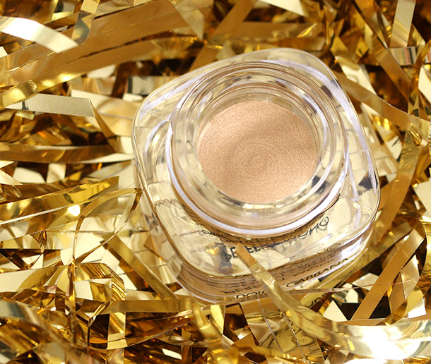 Dolce & Gabbana Perfect Mono Eyeshadow in Pure Gold, $36
