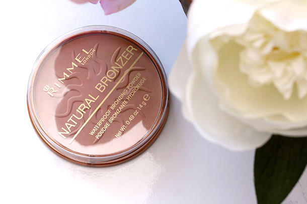 Rimmel Natural Bronzer in Sun Bronze