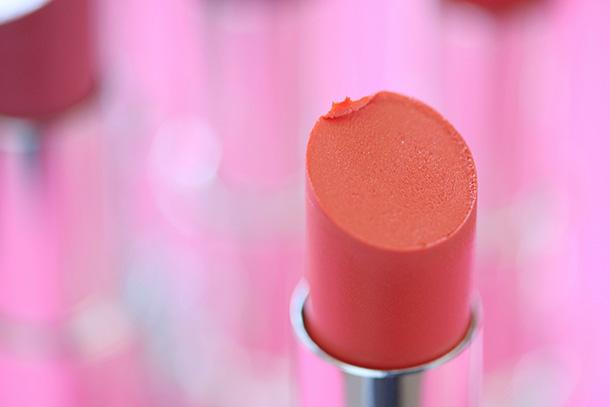 Revlon Ultra HD Lipstick in Hibiscus