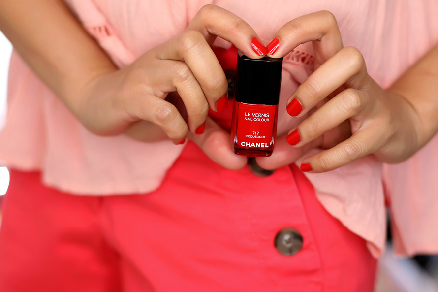 Chanel Summer 2015: Le Vernis Nail Colour in Coquelicot and a Fun ...