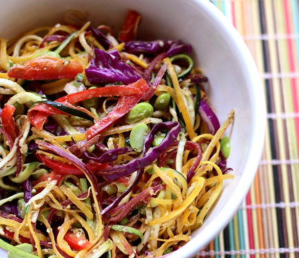 raw rainbow pad thai