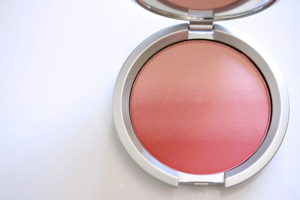 It Cosmetics CC+ Radiance Ombre Blush in Je Ne Sais Quoi