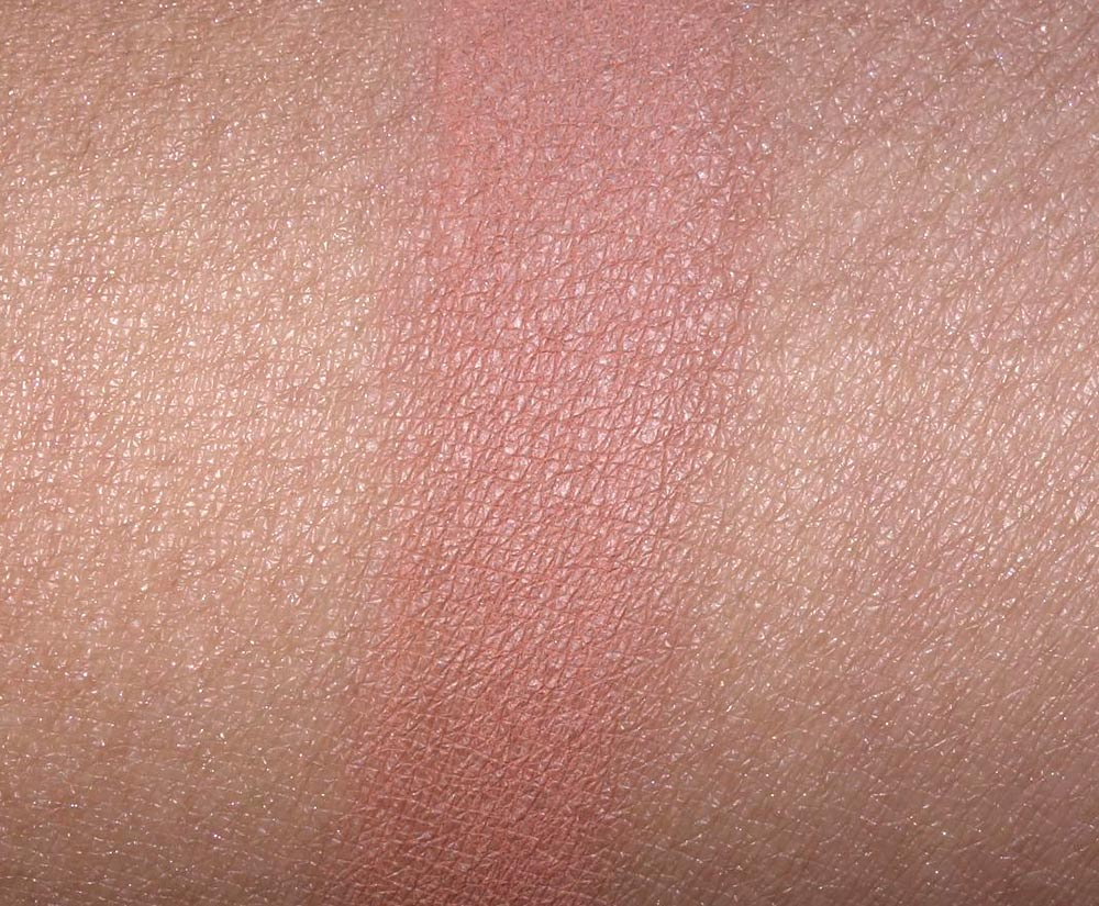 mac gingerly blush swatch