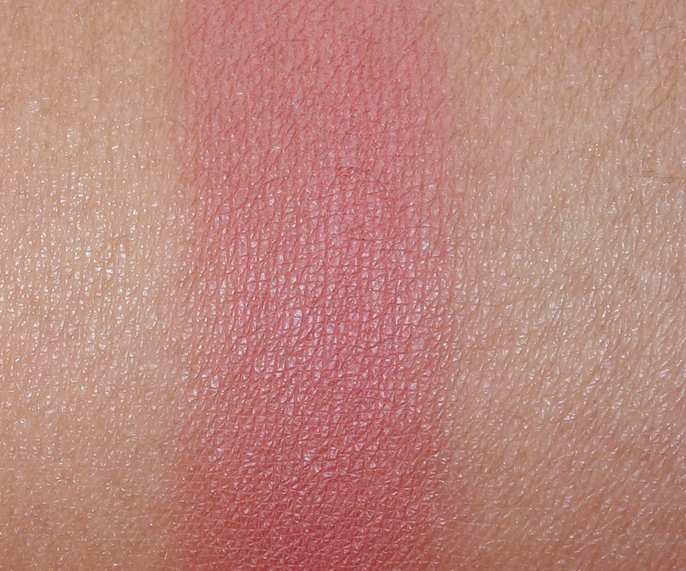 mac pinch me blush swatch