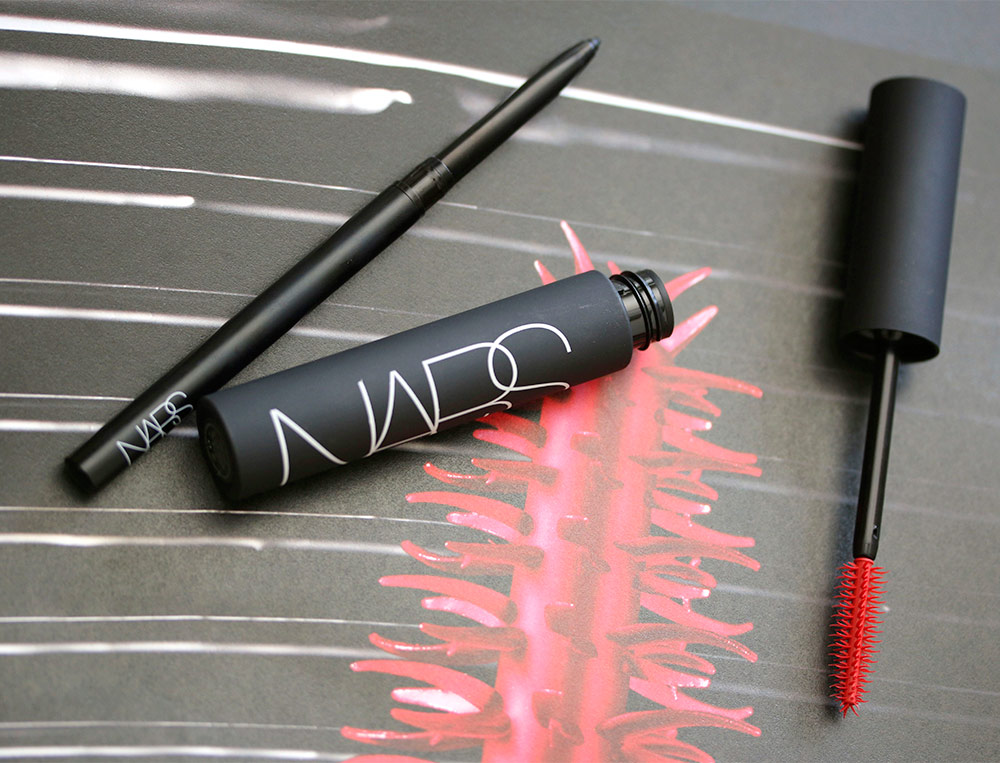 With New Nars Audacious Mascara What S The Hook