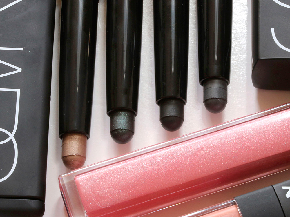 NARS Fall 2015 Velvet Shadow Sticks from the left: Oaxaca, Sukhothai, Filbuste and Reykjavik