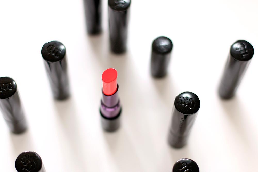urban decay matte lipstick tilt