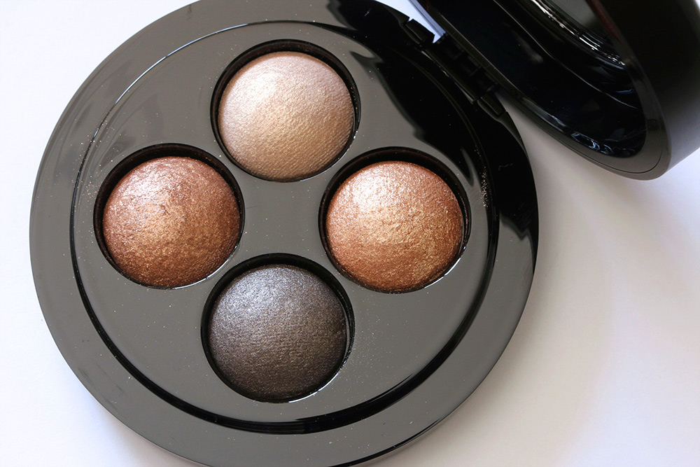 mac haute dogs glimmer of gold quad