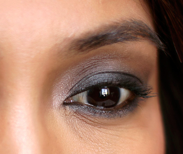 10 minute smoky eye final look eye closeup