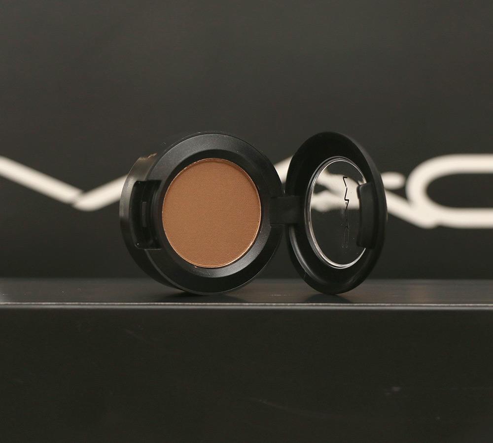 Eye Eyeshadow in Cork ($16)